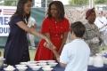 Michelle Obamová s dcérami mieria do Afriky