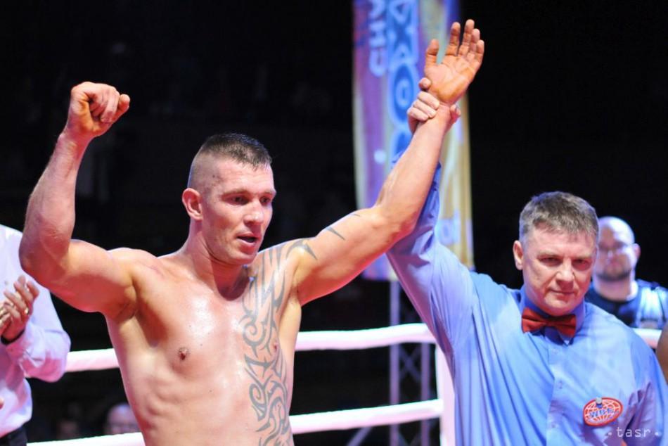 Slovenský boxer Tomi ´Kid´Kovács získal titul WBF v ťažkej váhe