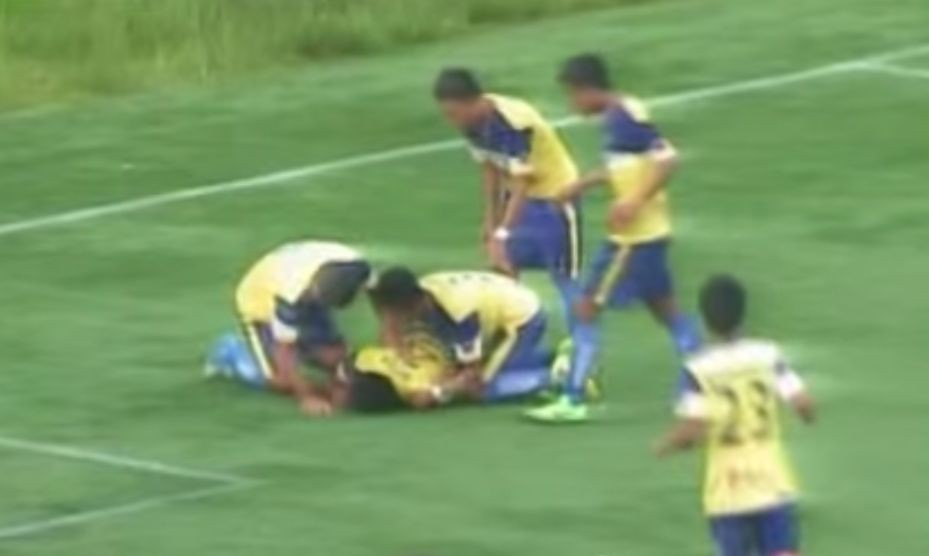 VIDEO: Priveľká radosť z gólu stála futbalistu život