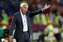 299803a696fb2 Austrálsky tréner Van Marwijk bude mať na MS v Rusku osem asistentov