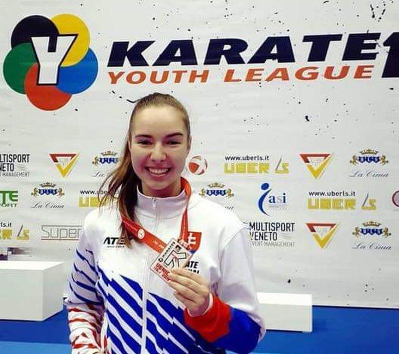 Laura Pálinkášová - Fotodenník - SkolskyServis.TERAZ.sk cb657dde491