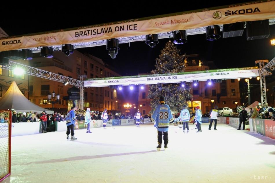 Klzisko na Hviezdoslavovom námestí v Bratislave v pondelok demontujú e40bebe9cb4