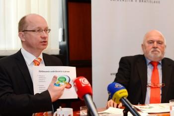 Rektor STU odovzdá granty mladým výskumníkom