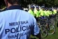 Policajné cyklohliadky budú aj vo Vrakuni a Podunajských Biskupiciach