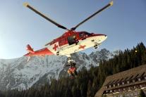 Poľským horolezcom pomáhal vo Vysokých Tatrách vrtuľník