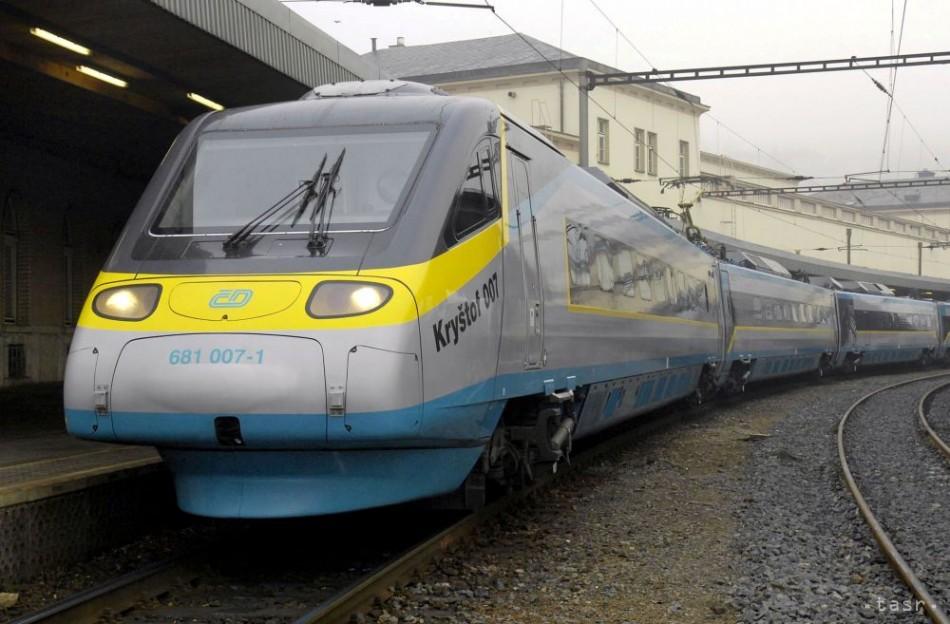 Český exminister dopravy sa viezol vo vlaku načierno. V I. triede