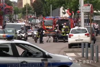 Islamskí teroristi podrezali kňaza, jeden páchateľ je identifikovaný