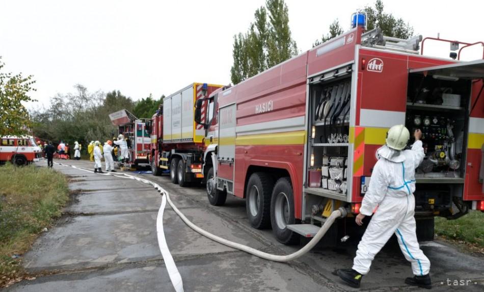 Hasiči zasahovali na trhovisku v Dunajskej Strede 26c4c87e7d5