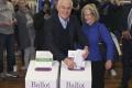 Austrálčania si dnes predčasne volia nový parlament