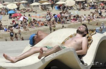 Slnko netreba podceňovať, rakoviny pribúda aj medzi mladými