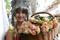 MDŽ, Košice, ženy, ruže
