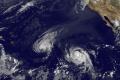 Hurikán Gaston sa v Atlantiku mení na tropickú búrku