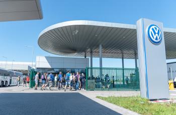 Benefity pre zamestnancov Volkswagen Slovakia za 32 miliónov eur
