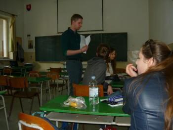 Takto učí  praktikant, ktorého by študenti brali