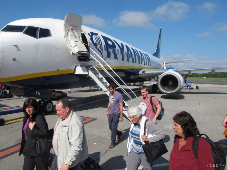 116ea44ab4908 Ryanair začne lietať z Bratislavy na Korfu