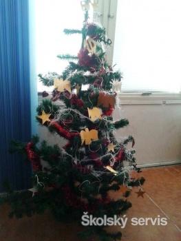 Prváci zo SSOŠ Postupimská z Košíc mali Vianoce už pred prázdninami