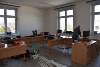 BBSK:Plánovaná modernizácia učební a vybavenia začala v prvých školách
