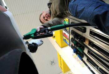Benzíny a nafta zdraželi, ceny LPG sa znížili