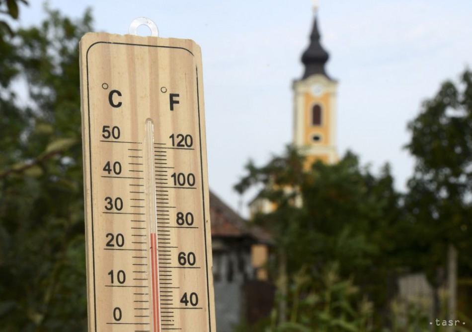 Polooblačný štvrtok si teplotne najviac užijú západniari