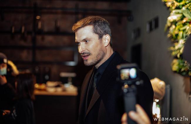 Ján Koleník dotočil novú evitovku: Rumunské herečky sú osviežením