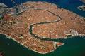 Benátky zakážu veľkým lodiam vstup do historického centra