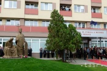 Súsošie sv. Cyrila a Metoda odhalili pred UCM v Trnave