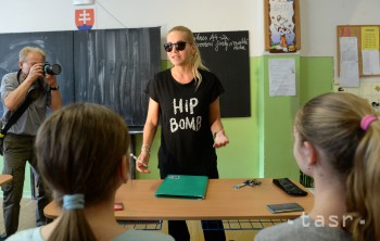 Hudba: Československá spevácka hviezda Dara Rolins má narodeniny