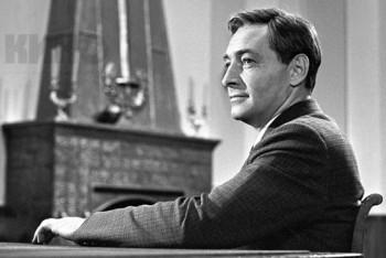 Ruský herec Vjačeslav Vasilievič Tichonov sa narodil pred 85 rokmi