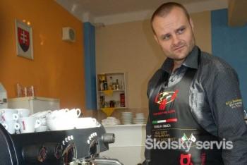 Centrá odborného vzdelávania zamestnáva aj príprava kvalitnej kávy