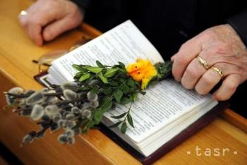 Mladí v diecézach spolu s biskupmi oslávia 28. Svetový deň mládeže