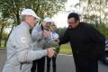 Bieloruský prezident hostil Seagala miestnou úrodou