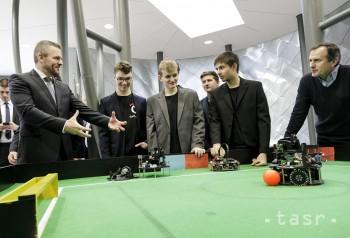 Projekt IT - Akadémia má zlepšiť vzdelávanie v informatike