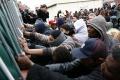 EK varuje Rakúsko pred odstúpením od dohody o prerozdeľovaní migrantov