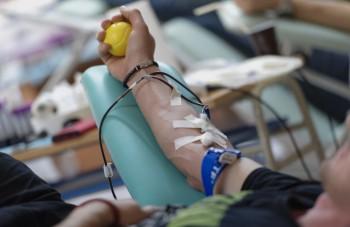 Komárno: Študentskú kvapku krvi odštartovali študenti z Budovateľskej