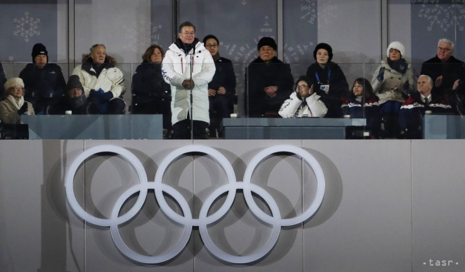 Severná Kórea prejavila ochotu rokovať s USA, vyhlásil Mun Če-in