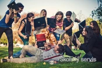 Prevencia a dialóg sú základom bezpečného surfovania po internete