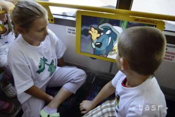 Rozprávky OVCE.sk môžu pozerať deti v MHD v B.Bystrici a vo Zvolene
