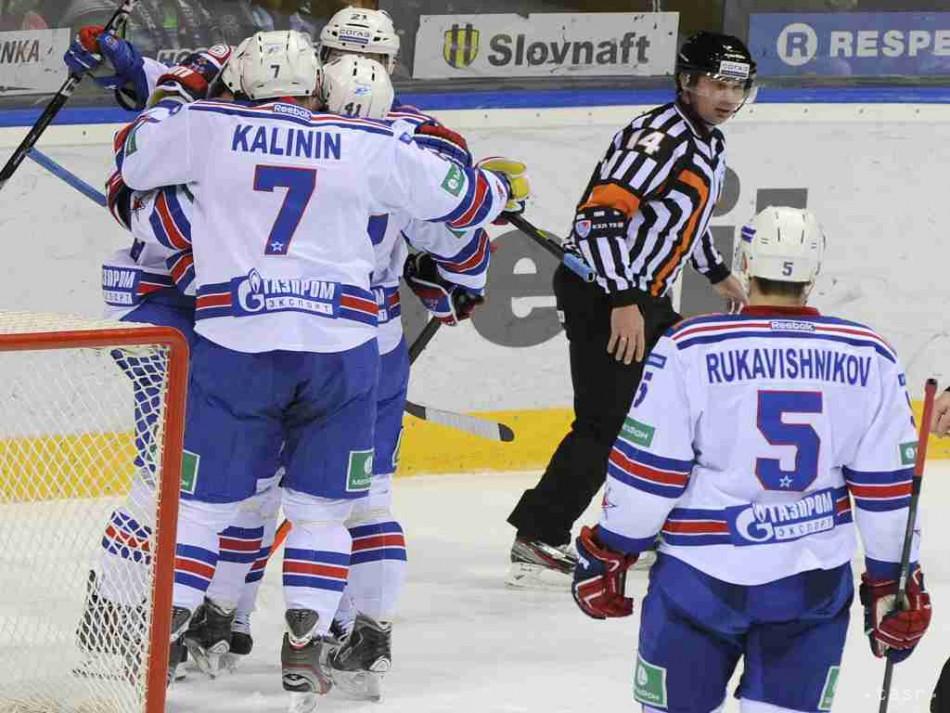 KHL  Petrohrad doma nestačil na Rigu f91c6cc4625