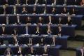 Európsky parlament navrhol rozšíriť smernicu o ochrane informátorov