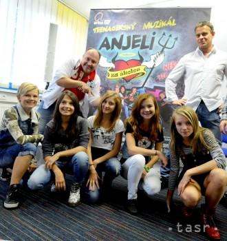 Muzikál pre tínedžerov Anjeli za školou prvýkrát v Bratislave