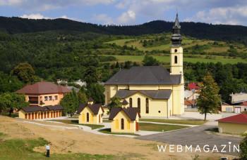 V Ľutine je na jednom mieste viac ako 40 drevených chrámov