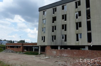 V Myjave chátrala budova hotela Šport 20 rokov, teraz v nej budú byty