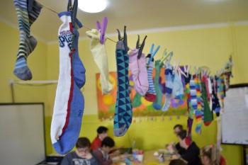 Na Spojenej škole Piešťany sa vo štvrtok nosili iba rozdielne ponožky
