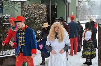 Fašiangy boli v minulosti i obdobím svadieb, konali sa v strede týždňa