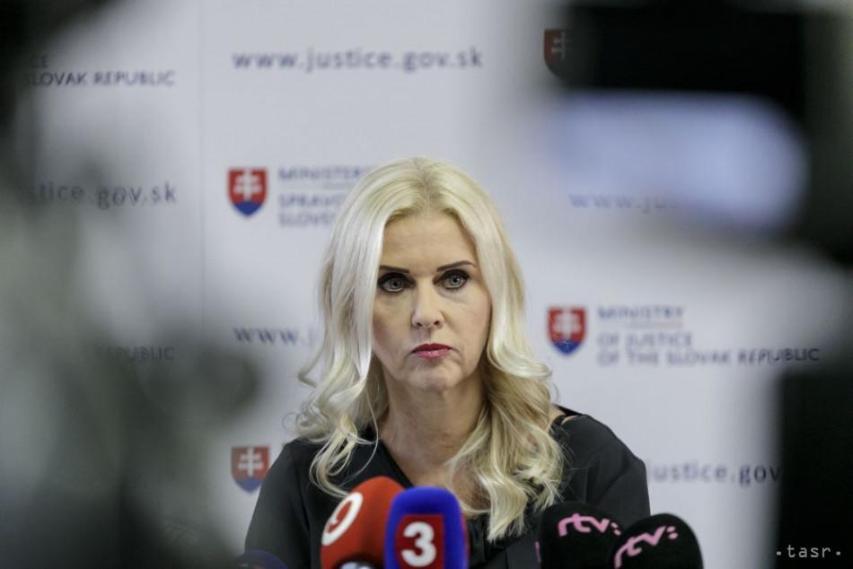 Výbor preskúma vzdanie sa mandátu M.Jankovskej a ďalších budúci týždeň