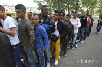 Nemecká polícia vyšetruje kvôli terorizmu 60 žiadateľov o azyl