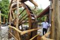 Na vodnom mlyne v Kováčovej pribudlo po desaťročiach mlynské koleso