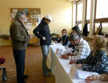 Títo ľudia kandidujú na posty primátorov slovenských krajských miest