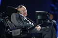 Stephena Hawkinga v Ríme hospitalizovali