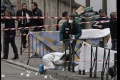 Vo švédskom Malmö sa strieľalo. Najmenej štyria ľudia sú zranení